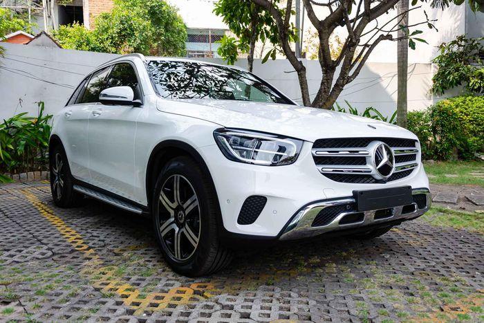 Mercedes-Benz GLC và C-Class bị triệu hồi tại Việt Nam do lỗi túi khí, động cơ
