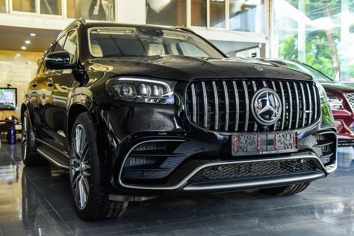 Chiêm ngưỡng Mercedes-AMG GLS 63 2021 đầu tiên có mặt tại Việt Nam
